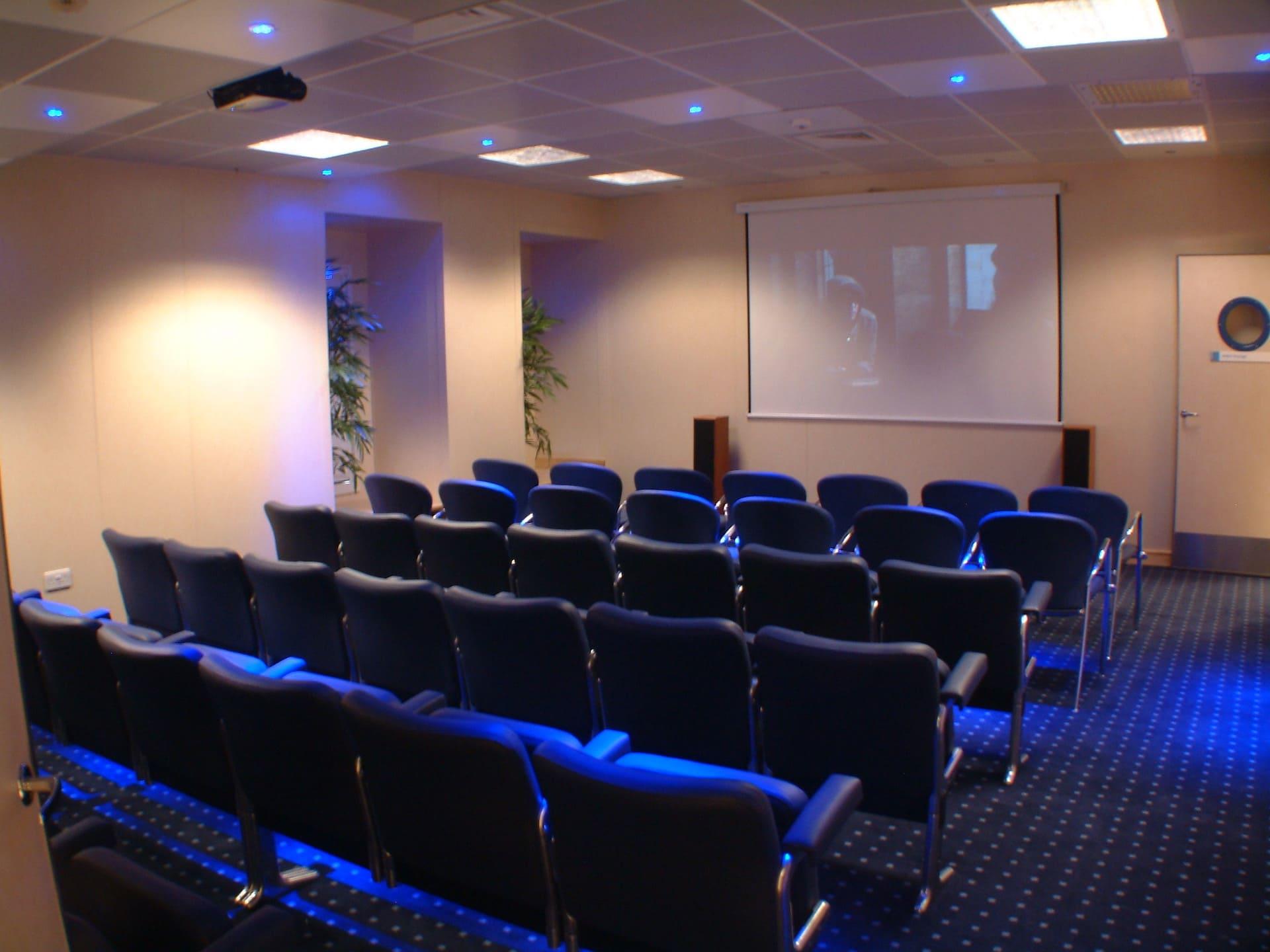 L3 - Video Lounge